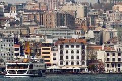 伊斯坦布尔江边 免版税图库摄影