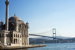 伊斯坦布尔清真寺ortakoy火鸡 免版税库存图片