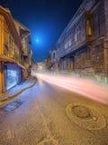 伊斯坦布尔老街道在夜之前 免版税库存图片