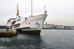 伊斯坦布尔运送(叫在土耳其语的vapur) 库存图片