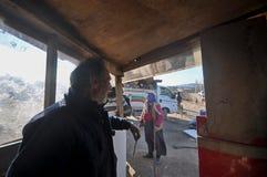 伊斯坦布尔,土耳其的阿纳托利安边的叙利亚和吉普赛难民 库存照片