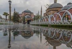 伊斯坦布尔,土耳其美妙的金黄垫铁  库存图片