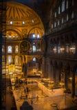 伊斯坦布尔,土耳其- 2016年9月10日:古老大教堂圣索非亚大教堂内部  差不多500年校长 免版税库存照片