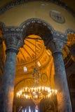 伊斯坦布尔,土耳其- 2016年9月10日:古老大教堂圣索非亚大教堂内部  差不多500年校长 免版税图库摄影