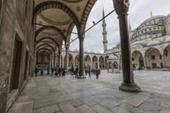 伊斯坦布尔,土耳其- 2015年12月13日:蓝色清真寺 免版税图库摄影