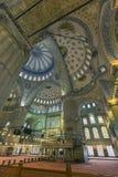 伊斯坦布尔,土耳其- 2015年12月13日:蓝色清真寺 库存照片