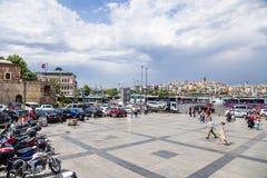 伊斯坦布尔,土耳其 Yeni Cami正方形  库存图片