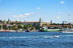 伊斯坦布尔, Haydarpasa港口和Selimiye营房修造 免版税库存照片