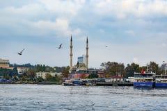 伊斯坦布尔, Kadikoy码头 协议Haydarpasa清真寺我 免版税图库摄影