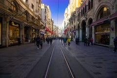伊斯坦布尔,Istiklal街土耳其04 04 2019春天 免版税图库摄影