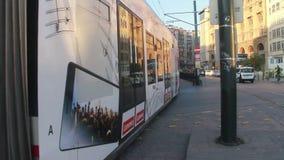 伊斯坦布尔/tram/travel/subway/people/december 2015年 股票视频
