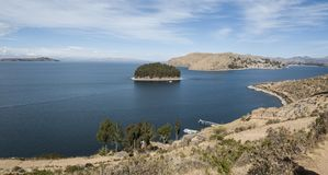 伊斯拉del Sol,玻利维亚,从海岛的顶端全景 免版税库存图片