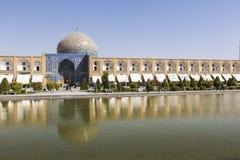 伊斯法罕,伊朗- 2016年10月06日:Lotfollah Mosque回教族长Naq的 图库摄影