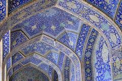 伊斯法罕,伊朗贾梅清真寺的几何样式  免版税库存图片