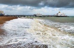 伊斯特本,东部SUSSEX/UK - 10月21日:风暴布里亚的尾声 免版税库存图片