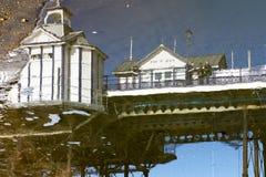 伊斯特本,东部SUSSEX/UK - 2月15日:Eastbou的反射 图库摄影