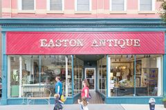 伊斯顿古董店前面 免版税图库摄影