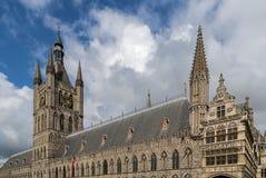 伊珀尔布料霍尔,比利时 免版税库存图片