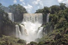 伊瓜苏从阿根廷边的瀑布视图 库存图片