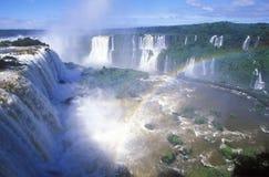 伊瓜苏瀑布在Parque Nacional伊瓜苏, Salto Floriano,巴西 免版税图库摄影