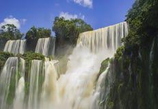 伊瓜苏瀑布长的曝光盒盖由太阳,阿根廷 免版税库存照片