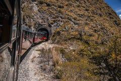伊瓦拉旅游火车在厄瓜多尔在南美 免版税库存图片