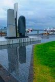 伊芙网上纪念碑在雷克雅未克港口  免版税图库摄影