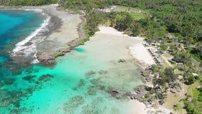 伊顿海滩,埃法特岛,瓦努阿图,在维拉港-著名海滩附近,东海岸 影视素材
