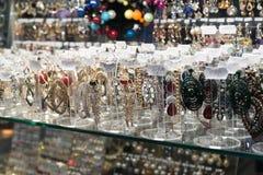 伏尔加格勒,俄罗斯- 11月03 2016年 在购物和娱乐复合体Diamant的首饰 免版税库存图片