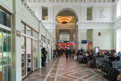 伏尔加格勒,俄罗斯- 11月04 2016年 火车站的候诊室 免版税库存照片