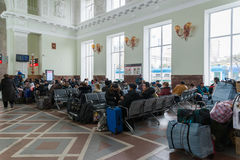 伏尔加格勒,俄罗斯- 11月04 2016年 火车站的候诊室 图库摄影