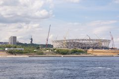 伏尔加格勒 俄罗斯- 2017年5月11日 橄榄球场的建筑的看法 库存照片