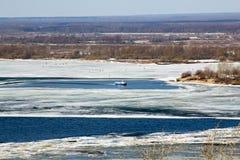 伏尔加河早期的春天 库存图片