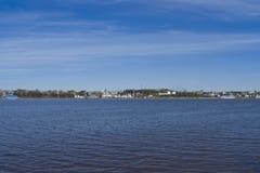 伏尔加河的全景 免版税库存图片