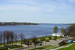 伏尔加河的全景 免版税图库摄影
