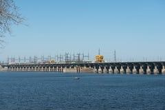 伏尔加河水力发电的驻地 库存照片