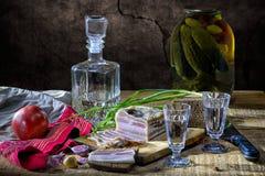伏特加酒和bakon 图库摄影