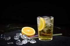 伏特加酒和Redbull 免版税库存图片
