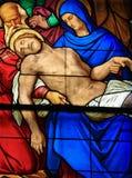 1847年巴伐利亚byking的大教堂基督科隆香水停止的dom捐赠的德国玻璃他的我舔ludwug显示被弄脏对是的做的母亲哀悼的其它谁视窗 库存图片