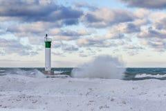休伦湖灯塔在冬天-盛大弯,安大略 免版税库存图片