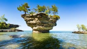 休伦湖` s白萝卜岩石,在口岸奥斯汀密执安附近 库存图片