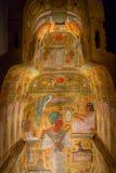 休斯敦,美国- 2017年1月12日:美丽和五颜六色画在古埃及的石棺里面国民的 免版税库存图片