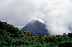 休眠火山 库存照片