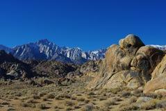 休眠鬼魂、阿拉巴马小山、Mt.惠特尼和内华达山脉,加利福尼亚 免版税库存图片