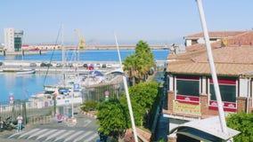 休达,西班牙-大约2017年11月:休达小游艇船坞Topview有海和游艇的 影视素材