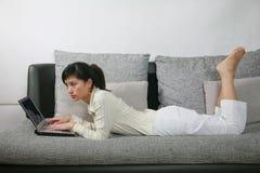 休闲妇女 免版税库存照片