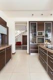 优等的家的厨房 免版税库存图片