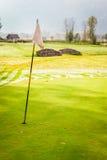 优等的高尔夫球场 库存照片