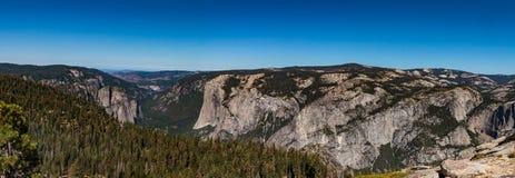 优胜美地国家公园全景  免版税库存照片
