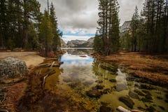 优胜美地国家公园在秋天, Calif的壮观的看法 免版税库存照片